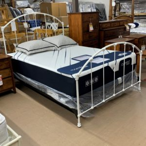 Closeout Iron Bed